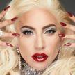 Леди Гага выложила фото в облегающем топе, без макияжа и вдохновила поклонников