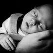 «Положили в холодильник живого младенца»: убийство ребёнка расследуют в Казахстане