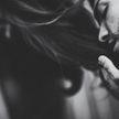 Муж расчёсывал супруге волосы и попал под арест
