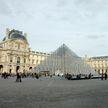 Из-за небывалого наплыва туристов сотрудники Лувра объявили забастовку
