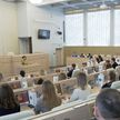 Студенты медвузов встретились с Натальей Кочановой