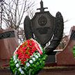 В Минске возложили венки к памятнику сотрудникам милиции, погибшим при исполнении служебного долга