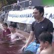 В Японии туристам предложили искупаться в молодом вине