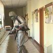 Военные химики провели дезинфекцию поликлиники № 1 в Минске