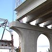 Уникальный для Беларуси автомобильный мост возводят через реку Днепр