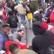 Массовая драка произошла между сторонниками Трампа и Байдена в центре Нью-Йорка