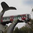 В Роттердаме машинист метро потерял управление. Поезд чудом не упал с 10 метров