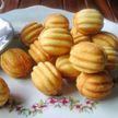 Назад в СССР: лакомства, которые обожали все – орешки со сгущенкой, пирожное «Картошка», безе