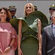 «Принцесса болотного королевства»: платье Иванки Трамп стало мемом