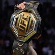 Оливейра победил Чендлера и стал чемпионом UFC в весе Хабиба Нурмагомедова