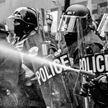 Протесты в США и Испании: правоохранители реагируют жестко