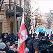 Протесты в Тбилиси: в городе снова начались столкновения с полицией