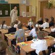 День знаний отмечают 1 сентября в учебных заведениях страны