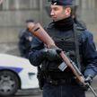 Власти Франции высылают из страны 231 предполагаемого экстремиста после убийства учителя