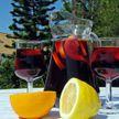 Испанцы пьют это круглый год! Фрукты, вино и вода – готовим сангрию дома!