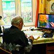 Белорус в 81 год научился рисовать и открыл персональную выставку