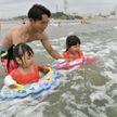Пляж возле АЭС «Фукусима» впервые открыли после аварии