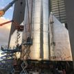 Илон Маск показал фото корабля Starship с хвостовым оперением