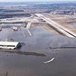 Американская база и самолёты «судного дня» оказались под водой (Фото)