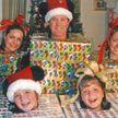Это очень смешно! 11 новогодних семейных фото, когда что-то пошло не так