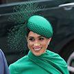 Меган Маркл сразила британцев своим платьем во время последнего выхода в качестве королевской особы
