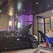 Автомобиль въехал в вестибюль жилой сорокоэтажки Trump Plaza в США