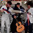 Экипаж МКС отметил Хэллоуин в костюмах Дарта Вейдера и Элвиса Пресли