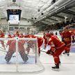 Конфуз на хоккейном турнире в Норвегии: организаторы включили песню «Касіў Ясь канюшыну» вместо гимна Беларуси (ВИДЕО)