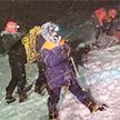 Группа альпинистов застряла из-за снежной бури на Эльбрусе: пятеро погибли