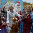 Дети-инвалиды из Республиканского реабилитационного центра получили новогодние подарки