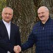 Лукашенко показал Додону «любимый Дворец»