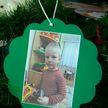 «Ёлку желаний» с фотографиями воспитанников детского дома установили в торговых центрах Витебска