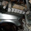 В Бресте такси врезалось в стену частного дома (ФОТО)