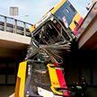 В Варшаве с моста упал пассажирский автобус. Два человека погибли