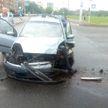 Два автомобиля столкнулись в Минске, а затем один из них сбил пешехода