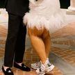 Невесту высмеяли из-за свадебной обуви