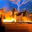 Неизвестный напал с ножом на артистов во время театрального представления в Саудовской Аравии