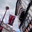 В Великобритании снятие COVID-ограничений переносится на четыре недели