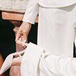 Белые брюки – маст-хэв лета. С чем их носить, чтобы выглядеть стильно?