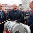 Александр Лукашенко посещает Минский тракторный завод