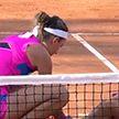 Виктория Азаренко помогла травмированной сопернице покинуть корт
