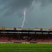 В Германии молния убила вратаря прямо во время футбольного матча