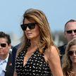 Мелания Трамп в чёрно-белом сарафане на открытии гонок NASCAR восхитила соцсети