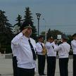 Милиционеров награждали на площади Государственного флага
