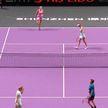 Арина Соболенко с Элиз Мертенс одержали победу на теннисном турнире в Китае