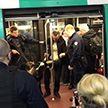 Мужчина с козлом вызвал переполох в парижском метро