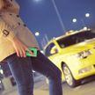 В России таксист после конфликта с мужчиной откусил палец его жене