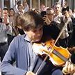 Музыканты исполнили Вивальди в знак протеста в аэропорту Женевы