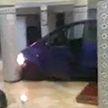 Автомобиль протаранил двери храма во Франции
