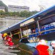 В Китае с моста сорвался автобус со студентами, погиб 21 человек